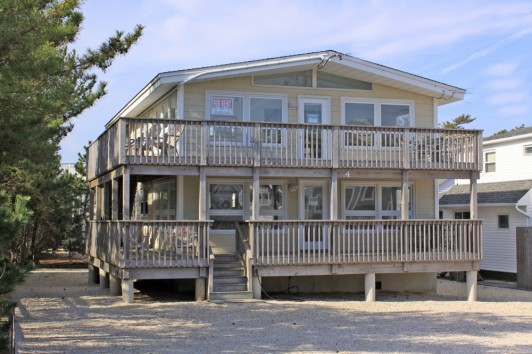 Duplex - Oceanside - Harvey Cedars