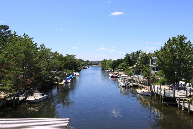 Lagoonfront Properties on Long Beach Island