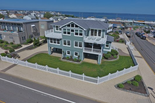 18 Stockton Avenue Brant Beach