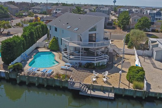 3 Buckingham Harvey Cedars Lagoonfront with Pool
