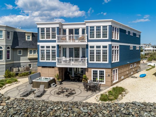 34 Thomas Bayfront in Harvey Cedars
